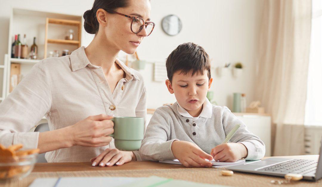 Ayuda a tus hijos en sus tareas escolares durante la cuarentena