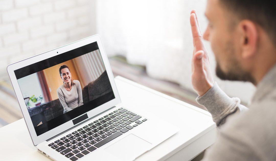 Etiqueta a distancia: Cómo ser respetuoso durante una videollamada