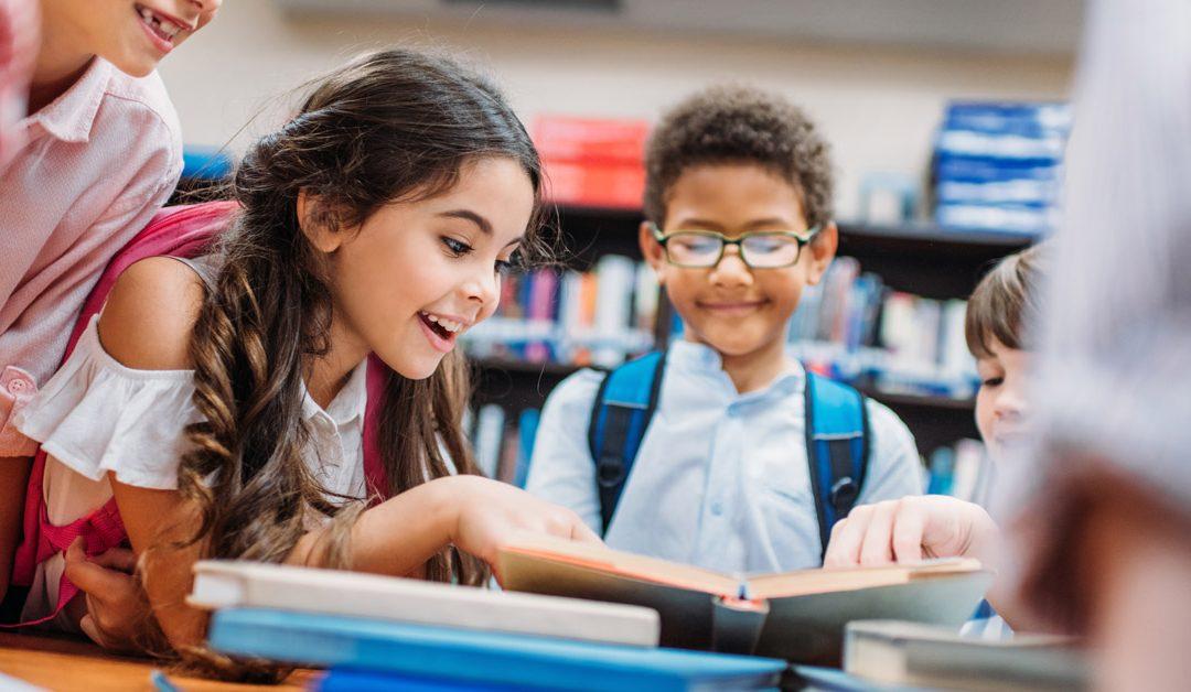 La importancia de contar con textos escolares originales